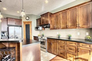 Photo 8: 68 Royal Oak Terrace NW in Calgary: Royal Oak Detached for sale : MLS®# A1087125