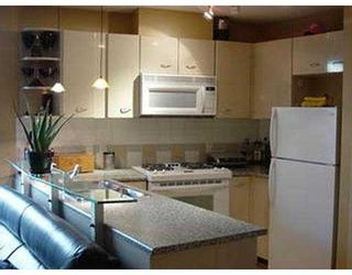 """Photo 2: 707 501 PACIFIC ST in Vancouver: Downtown VW Condo for sale in """"THE 501"""" (Vancouver West)  : MLS®# V594024"""