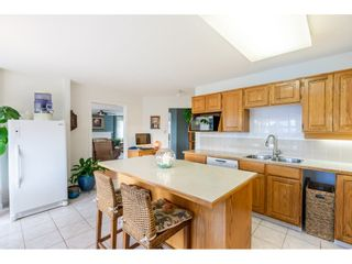 """Photo 15: 215 1442 FOSTER Street: White Rock Condo for sale in """"White Rock Square Tower 3"""" (South Surrey White Rock)  : MLS®# R2538444"""
