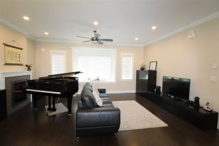 Photo 2: 8 12351 NO 2 ROAD in Richmond: Steveston South Townhouse for sale : MLS®# R2192125
