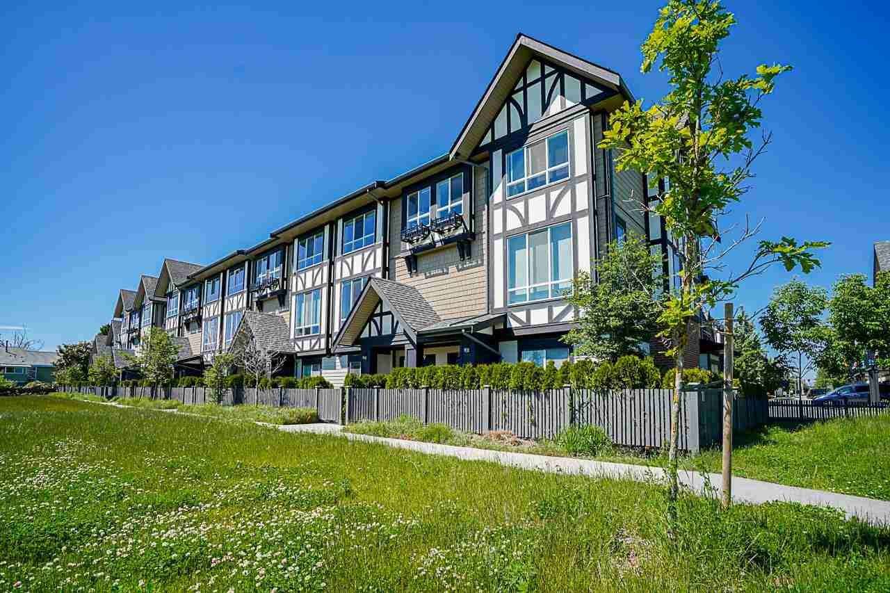 Main Photo: 69 10388 NO. 2 Road in Richmond: Woodwards Townhouse for sale : MLS®# R2587090