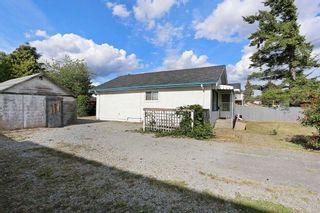 Photo 2: 12637 115 Avenue in Surrey: Bridgeview House for sale (North Surrey)  : MLS®# R2081017