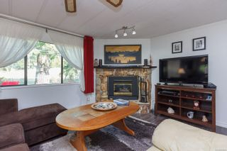 Photo 5: 1105 Bourban Rd in : ML Mill Bay Manufactured Home for sale (Malahat & Area)  : MLS®# 863983