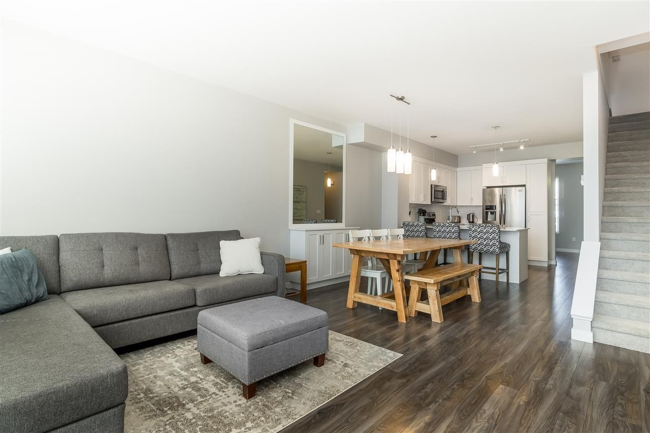 """Photo 6: Photos: 13 2850 MCCALLUM Road in Abbotsford: Central Abbotsford Townhouse for sale in """"Urban Hillside"""" : MLS®# R2478598"""