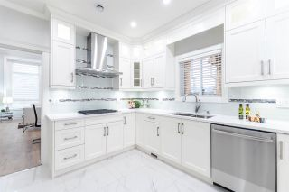 Photo 9: 8188 13TH Avenue in Burnaby: East Burnaby 1/2 Duplex for sale (Burnaby East)  : MLS®# R2126199