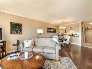 """Photo 4: 604 1045 QUAYSIDE Drive in New Westminster: Quay Condo for sale in """"Quayside Tower 1"""" : MLS®# R2582288"""