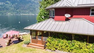 Photo 10: 6017 Eagle Bay Road in Eagle Bay: House for sale : MLS®# 10190843