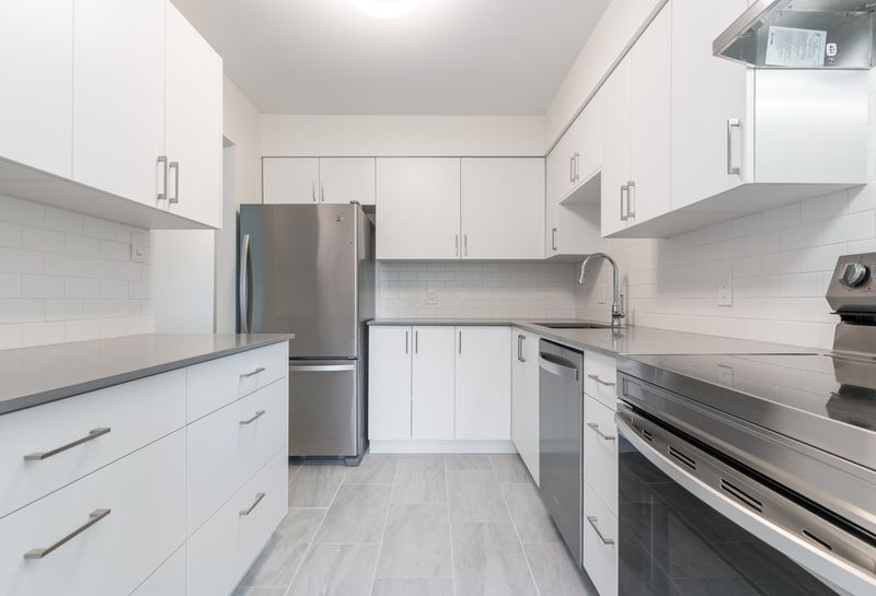 FEATURED LISTING: 306 - 327 NINTH Street New Westminster