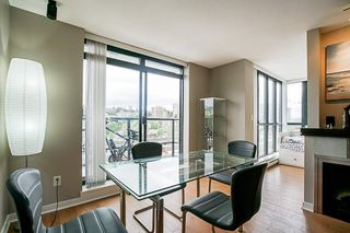 """Photo 12: 808 1 RENAISSANCE Square in New Westminster: Quay Condo for sale in """"THE 'Q'"""" : MLS®# R2521364"""