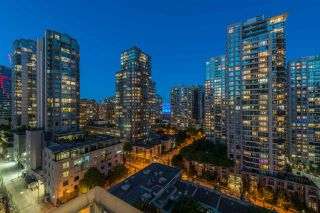 """Photo 13: 1403 928 RICHARDS Street in Vancouver: Yaletown Condo for sale in """"THE SAVOY"""" (Vancouver West)  : MLS®# R2461037"""