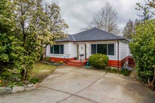 Photo 1: 33418 2ND Avenue in Mission: Mission BC House for sale : MLS®# R2151401