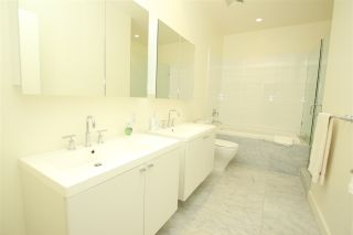 """Photo 19: 102 4355 W 10TH Avenue in Vancouver: Point Grey Condo for sale in """"IRON & WHYTE"""" (Vancouver West)  : MLS®# R2112416"""