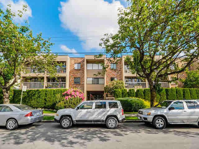 Main Photo: 203 1825 W 8TH Avenue in Vancouver: Kitsilano Condo for sale (Vancouver West)  : MLS®# V1120309