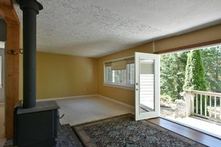 Photo 5: 1142 ROBERTS CREEK Road: Roberts Creek House for sale (Sunshine Coast)  : MLS®# R2612861