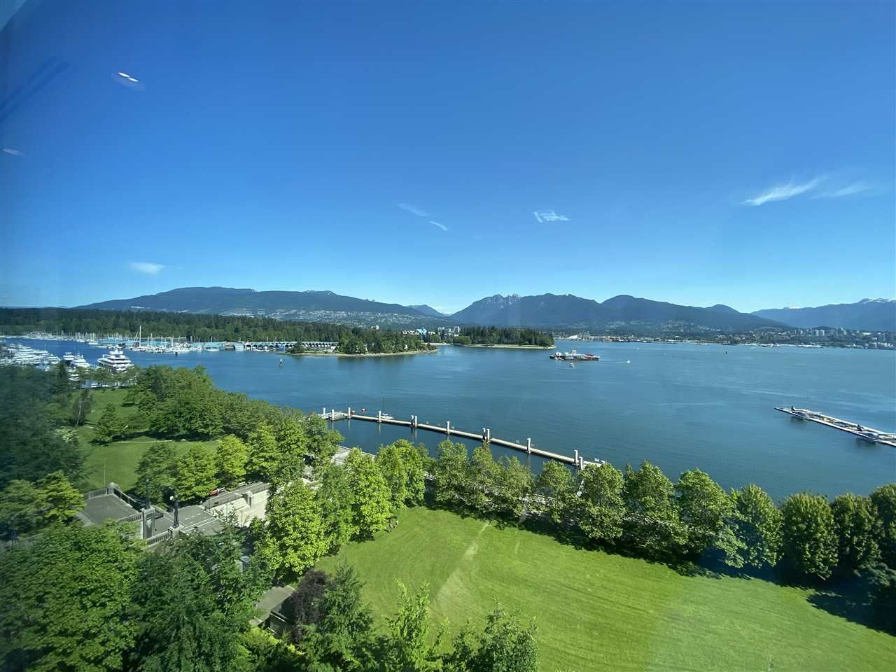 """Main Photo: 1002 1169 W CORDOVA Street in Vancouver: Coal Harbour Condo for sale in """"HARBOUR GREEN 1"""" (Vancouver West)  : MLS®# R2459614"""