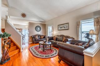 Photo 4: 686 Coventry Drive NE in Calgary: Coventry Hills Detached for sale : MLS®# A1116963