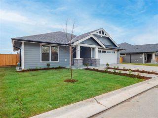 Photo 2: 5658 KINGBIRD Crescent in Sechelt: Sechelt District House for sale (Sunshine Coast)  : MLS®# R2609864