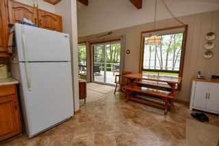 Photo 5: 141 Campbell Beach Road in Kawartha Lakes: Rural Carden House (1 1/2 Storey) for sale : MLS®# X4468019