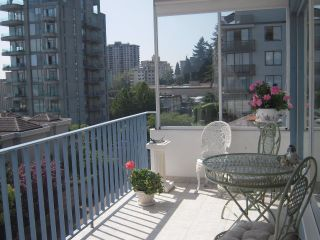 "Photo 2: 402 1730 DUCHESS Avenue in West Vancouver: Ambleside Condo for sale in ""Wedgewood Terrace"" : MLS®# V846075"