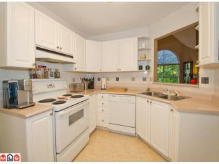 """Photo 5: 313 7151 121ST Street in Surrey: West Newton Condo for sale in """"THE HIGHLANDS"""" : MLS®# F1225530"""