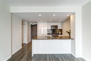 """Photo 7: 702 3096 WINDSOR Gate in Coquitlam: New Horizons Condo for sale in """"Mantyla by Polygon"""" : MLS®# R2492925"""