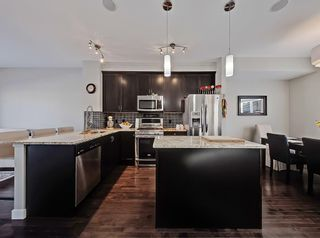 Photo 3: 142 Skyview Springs Manor NE in Calgary: Skyview Ranch Row/Townhouse for sale : MLS®# A1128510