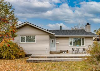 Photo 2: 4528 Forman Crescent SE in Calgary: Forest Heights Detached for sale : MLS®# A1152785
