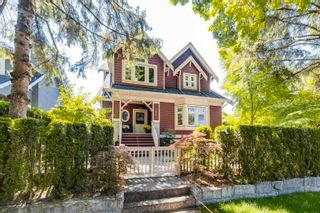 Photo 1: 196 W 13TH Avenue in Vancouver: Mount Pleasant VW Townhouse for sale (Vancouver West)  : MLS®# R2605771