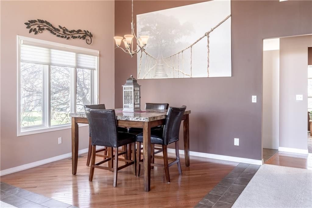 Photo 7: Photos: 248 WOOD VALLEY Bay SW in Calgary: Woodbine Detached for sale : MLS®# C4211183