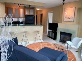 """Photo 5: 802 1003 BURNABY Street in Vancouver: West End VW Condo for sale in """"THE MILANO"""" (Vancouver West)  : MLS®# R2417411"""