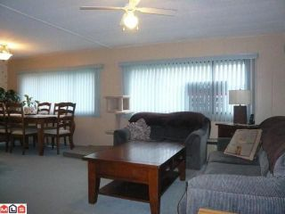 """Photo 4: 38 8254 134 Street in Surrey: Queen Mary Park Surrey Manufactured Home for sale in """"Westwood Estates"""" : MLS®# F1102670"""