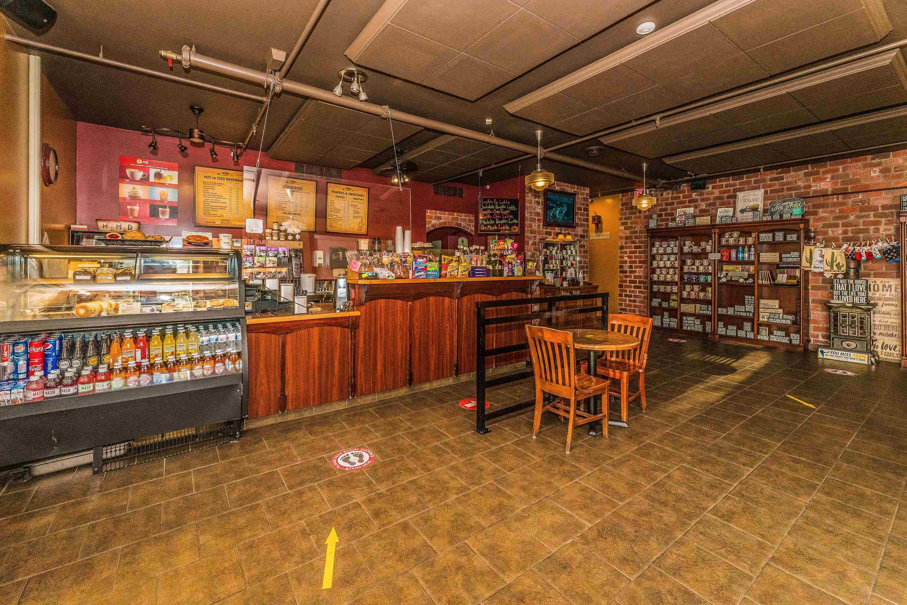 """Main Photo: 101 24155 102ND Street in Maple Ridge: Albion Business for sale in """"Albion"""" : MLS®# C8040102"""