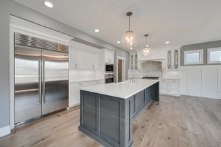 Photo 2: 1305 HAINSTOCK Way in Edmonton: Zone 55 House for sale : MLS®# E4254641