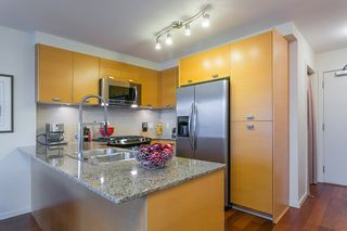 "Photo 11: 802 2483 SPRUCE Street in Vancouver: Fairview VW Condo for sale in ""Skyline"" (Vancouver West)  : MLS®# R2151780"