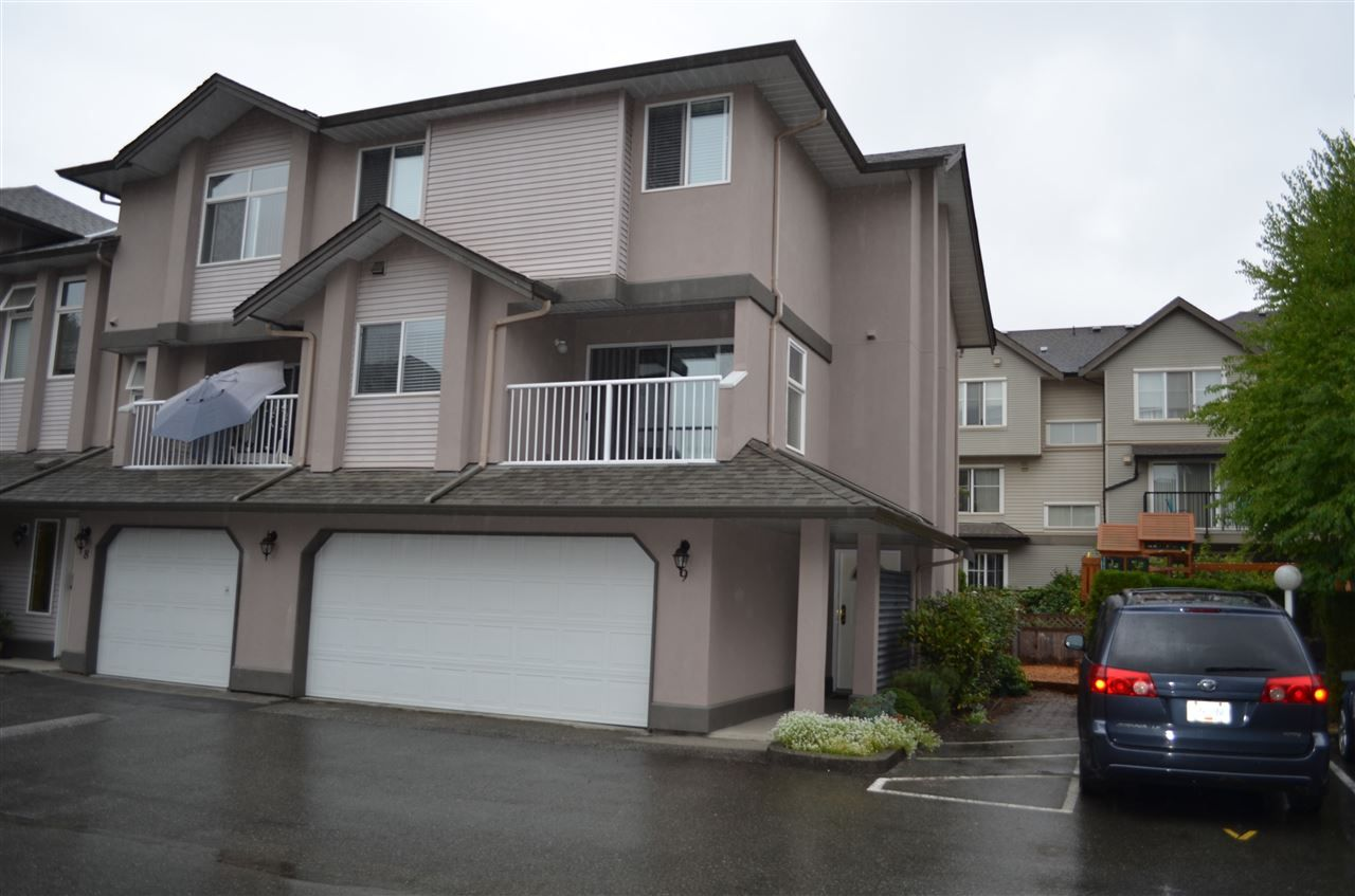 "Main Photo: 9 2538 PITT RIVER Road in Port Coquitlam: Mary Hill Townhouse for sale in ""RIVER COURT"" : MLS®# R2204567"