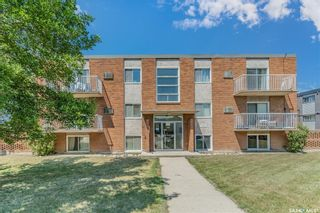 Photo 2: 27 106 104th Street West in Saskatoon: Sutherland Residential for sale : MLS®# SK862481