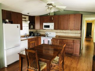 Photo 4: 31 4116 BROWNING Road in Sechelt: Sechelt District Manufactured Home for sale (Sunshine Coast)  : MLS®# R2560882