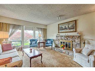 "Photo 3: 5263 BENTLEY Court in Ladner: Hawthorne House for sale in ""HAWTHORNE"" : MLS®# V1142480"