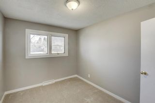 Photo 11: 9320 Almond Crescent SE in Calgary: Acadia Detached for sale : MLS®# A1096024