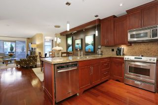 """Photo 9: 207 15164 PROSPECT Avenue: White Rock Condo for sale in """"WATERFORD PLACE"""" (South Surrey White Rock)  : MLS®# R2032759"""