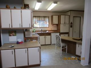 """Photo 8: 57 2305 200 Street in Langley: Brookswood Langley Manufactured Home for sale in """"CEDAR LANE"""" : MLS®# R2357125"""