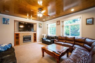 Photo 4: 27973 TRESTLE Avenue in Abbotsford: Aberdeen House for sale : MLS®# R2604493