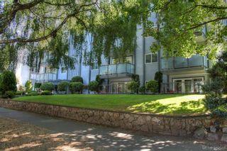 Photo 3: 404 305 Michigan St in VICTORIA: Vi James Bay Condo for sale (Victoria)  : MLS®# 768678