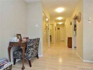 Photo 6: 106 1714 Fort St in VICTORIA: Vi Jubilee Condo for sale (Victoria)  : MLS®# 722480