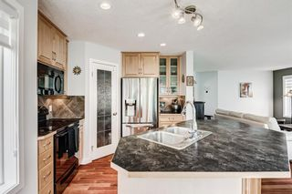 Photo 4: 240 PANORA Close NW in Calgary: Panorama Hills Detached for sale : MLS®# A1114711