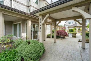 """Photo 3: 207 17740 58A Avenue in Surrey: Cloverdale BC Condo for sale in """"Derby Downs"""" (Cloverdale)  : MLS®# R2579014"""