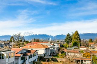 Photo 3: 6514 SELMA Avenue in Burnaby: Forest Glen BS Townhouse for sale (Burnaby South)  : MLS®# R2549174