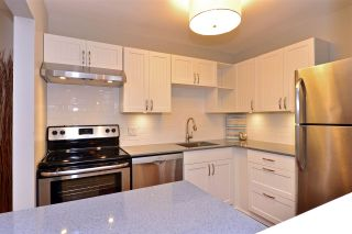"""Photo 17: 104 1555 FIR Street: White Rock Condo for sale in """"Sagewood Place"""" (South Surrey White Rock)  : MLS®# R2117536"""