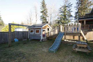 Photo 2: 2111 MAMQUAM Road in Squamish: Garibaldi Estates House for sale : MLS®# R2338612