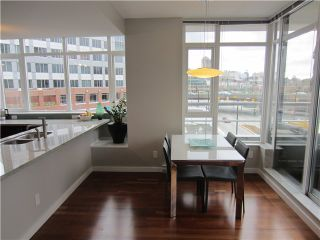 """Photo 6: 402 2055 YUKON Street in Vancouver: False Creek Condo for sale in """"MONTREUX"""" (Vancouver West)  : MLS®# V1051503"""